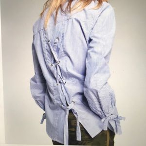 SANCTUARY Button Down Shirt With Lace-Up Back